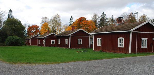 punaiset-talot-leineperissa